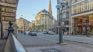 Haus oder Wohnung kaufen in Hamburg-Altstadt - Wohnen in der City